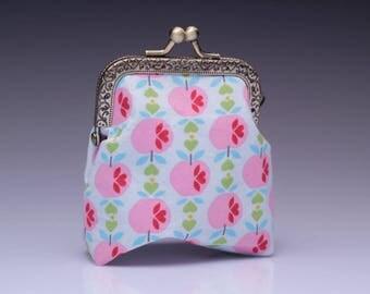 "coin purse ""retro apple"""