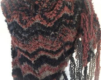 Large shawl with fringes