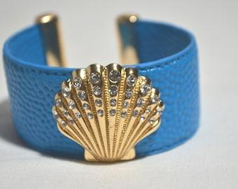 Vintage Gold Tone Rhinestone Shell Blue Leather Cuff Bracelet