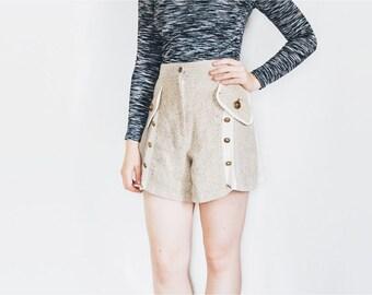 80s Wool Shorts | Vintage Shorts | High Waist Shorts | Cream and White Preppy Shorts - Size M Medium