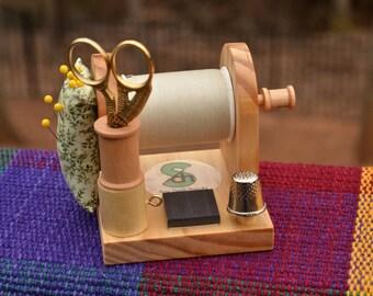 Sew Darn Handy Thread Caddy