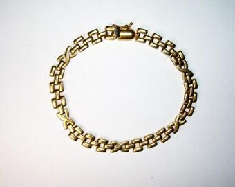 14 K Yellow Gold Flexible X Link Bracelet, Vintage, 13.2 g.