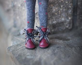 Blythe winter burgungy shoes - blythe boots - doll shoes by BlablaBlythe