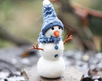 Needle felted Snowman, Christmas Snowman, Christmas ornaments, Christmas Gift, READY TO SHIP!