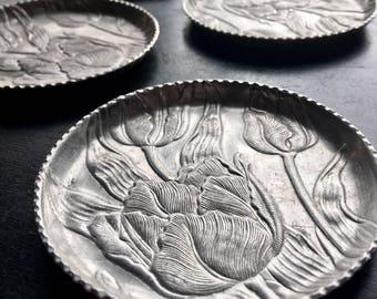 Tulip Aluminum Coasters (Set of 6)