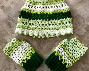 Green Ladies Spring Cap and Fingerless Gloves Set