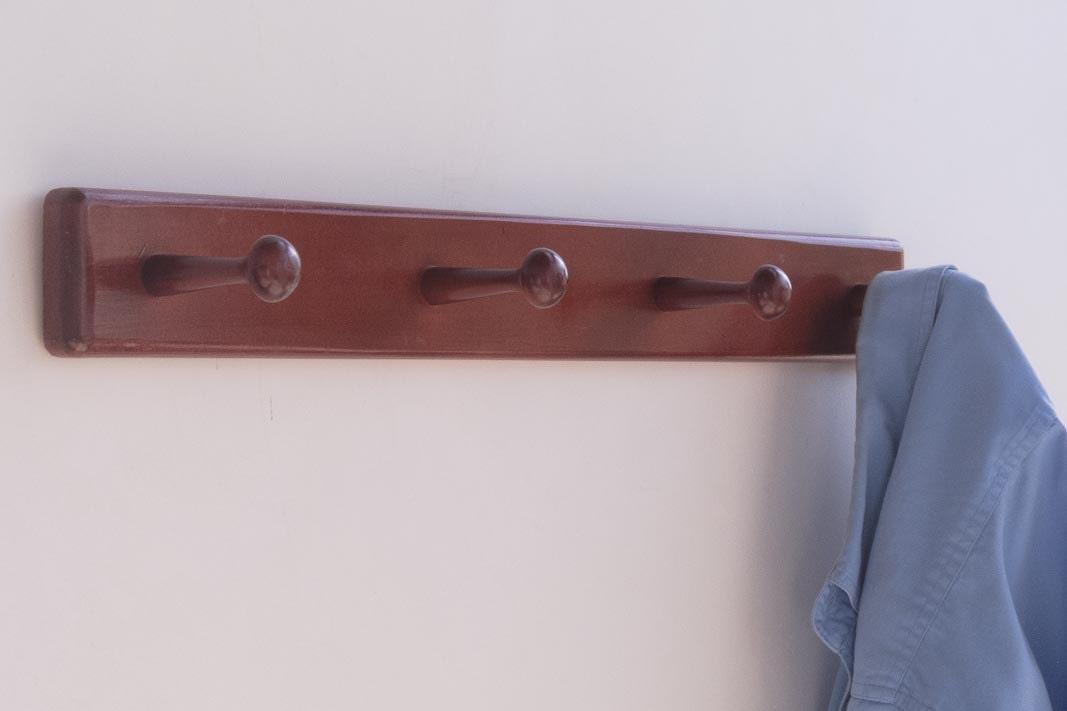 Wooden Coat Rack 4 Pegs Wall Mount