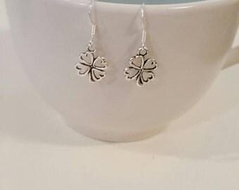 Shamrock earrings, shamrock jewelry, gifts for her, lucky clover earring, gift for mom, St Patricks day, birthday gift, valentines day gift