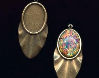 Oxidized brass pendant setting for a 25x19mm cabochon. 1 pc. b9-2091(e)