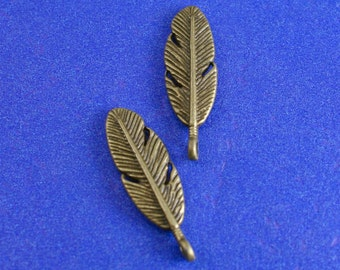 "20 pcs -Antique Brass/ Bronze Feather Pendants, 30mm x 9mm(1 1/8""x 3/8""), AB-B14433-8S"