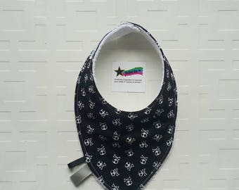 Baby bib taggies (drool bib), bandana bib, black and white skulls for baby boy or girl, absorbant bib