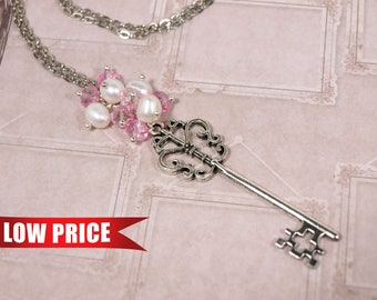 Skeleton key necklace Freshwater pearl necklace Pink crystal necklace Steampunk key necklace Key chain Beaded key necklace Beaded