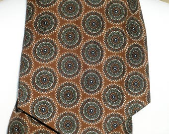 1960s Vintage Tootal Green and Brown Patterned Cravat