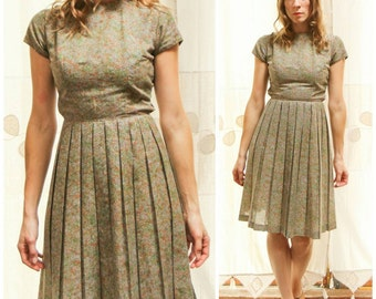 Vintage 1950s, Mid Century, Short Sleeve Taupe Medi Day Dress with Pleated A-line Skirt.