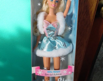Mattel Skating Star Barbie Doll Blonde Hair