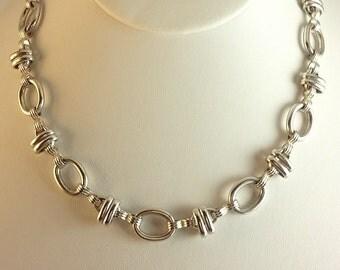 Vintage 1980's Silver Necklace
