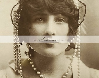Instant Art Printable Download - Flapper Beauty 1920's Pearls Feathers - Paper Crafts Altered Art Scrapbooking - Antique Vintage Photography