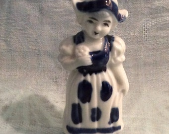 Dutch Girl Figurine, Blue and White Dutch Girl