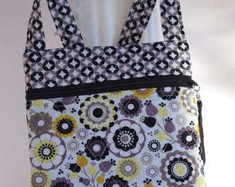 Cross body floral black white yellow quilted shoulder bag purse