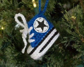 Converse style sneaker ornament, personalized christmas ornament