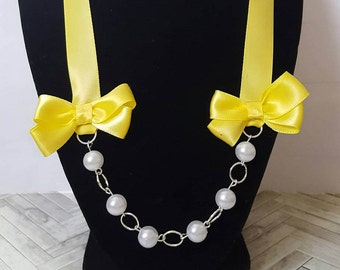 Little girls pearl necklace