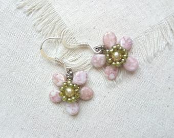 Romantic flower for spring earrings