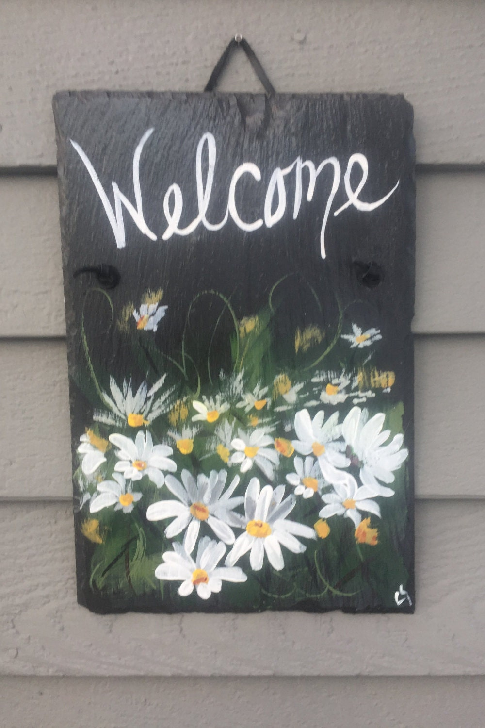 field of daisies slate welcome sign, 12 x 8 painted slate, door