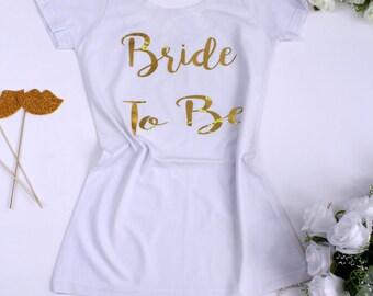 Bride To Be Shirt, Bridal Shirt, Bachlorette Party, White Bride shirt, Bride shirt, Bride Gift, Wedding Party, Bachelorette Tee