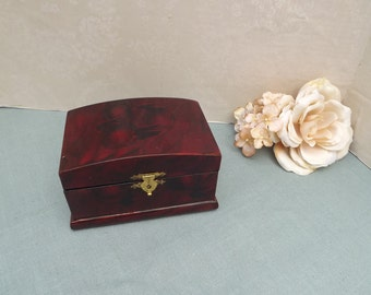 Oriental Jewelry Box - Vintage Lacquered Jewelry Box, Red Jewelry Box, Small Jewelry Box, Lacquered Wood Box