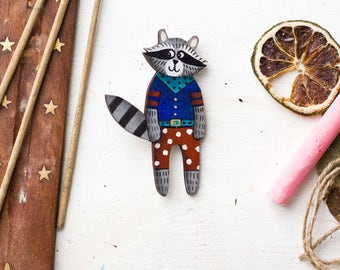 Raccoon brooch, Raccoon pin, Wooden brooch, Wooden pin, Raccoon wooden,  Raccoon wooden pin, Animal Pin, Animal brooch, For her, For him