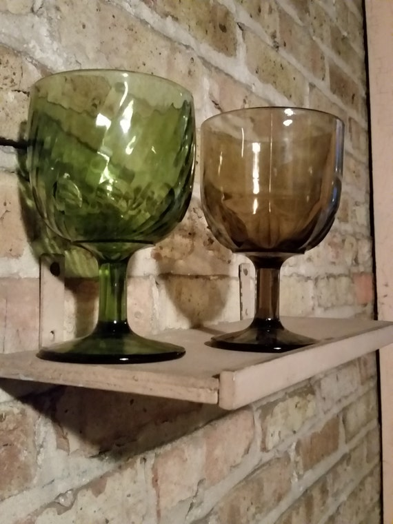 Mid Century Goblets - Avocado Green or Amber Brown | 1960's / 1970's Drinkware | Vintage Bar Glasses