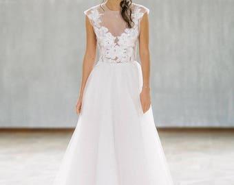Wedding dress Symphony/bohemian wedding dress/romantic wedding dress/simple wedding dress