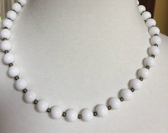 White  Beaded Necklace 18""
