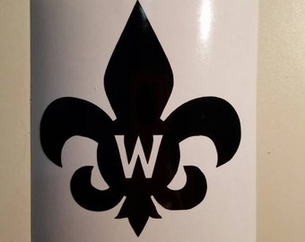 Fleur de lis personalized permanent decal. Apply to yeti & Rtic cups, car windows, garden pots, mailboxes etc... Decal only.  Mardi Gras