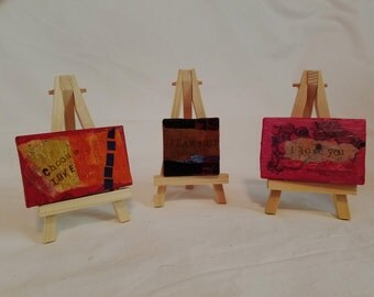 tiny easel with tiny canvas
