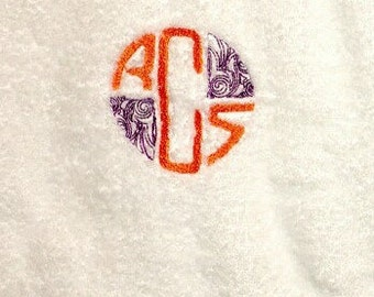 Deco Monogram Towel Set