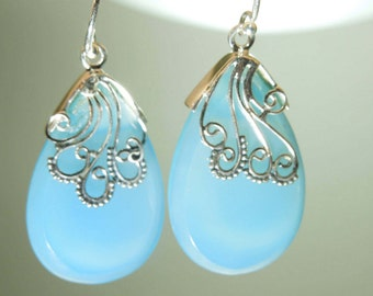 925 Sterling Silver Blue Chalcedony Earring