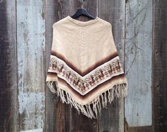 Vintage Womens Poncho | Soft Llama Poncho | Brown Poncho | Tan Poncho | Light Poncho