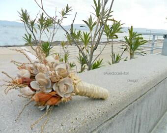 Flowers bouquets of shells, wedding bouquets, beach bouquet, made in Italy, Sardinia, sea shells, beach wedding,