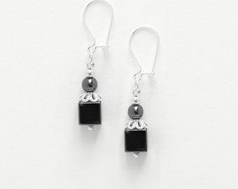 Earrings Hématite cubes