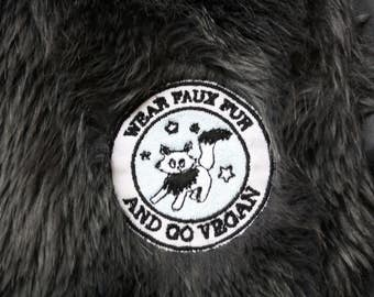 PATCH BRODÉ Wear Faux Fur And Go Vegan - Patch embroidered VEGAN