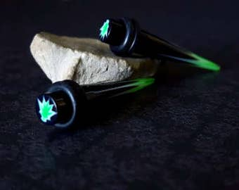 Green And Black Tapers (2G)
