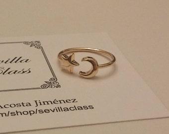 Adjustable metal gold Moon and star ring. Minimalist