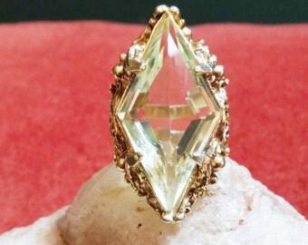 Quartz Fashion Ring
