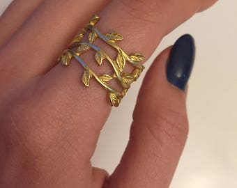 Leaf Ring~Simple Rings~leaf rings~leaf jewelry~adjustable rings~gold ring~delicate jewelry