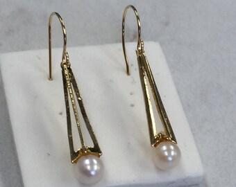 14kt Yellow Gold Lady's Sleek Pearl Dangle Earrings with Kidney Wire Hooks