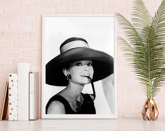 Audrey Hepburn Print - Digital Download, Vintage Prints, Movie Poster, Classic Photo, Iconic Photos, Audrey Quotes, Hat Print, Actress Print