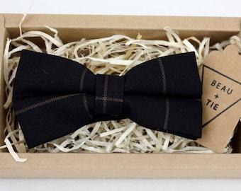 Men's Black Striped Bow Tie