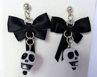 White and Black Howlite Skull Earrings with Black Bow Jewellery Jewelry