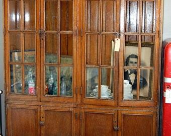 Antique 1900s Oak Built-In Cabinet from a Detroit Public School, Arts & Crafts